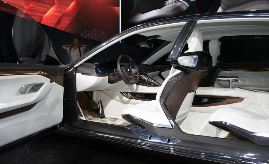 BMW Vision Future Luxury concept - Slide 27