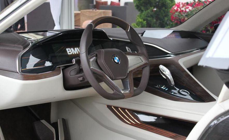 BMW Vision Future Luxury concept - Slide 13