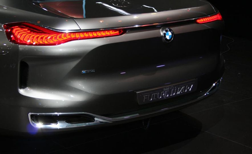 BMW Vision Future Luxury concept - Slide 24