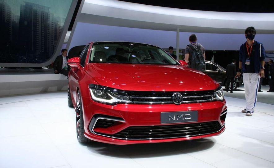 Volkswagen New Midsize Coupe concept - Slide 2