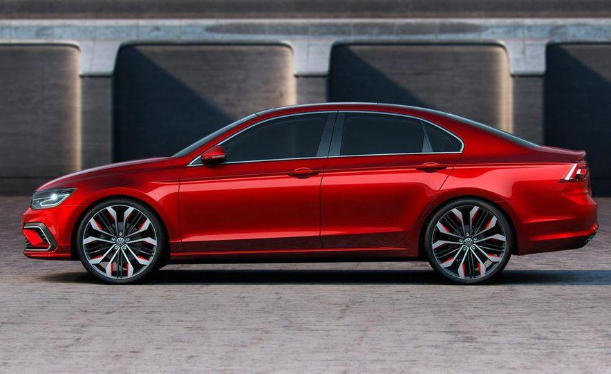 Volkswagen New Midsize Coupe concept - Slide 16