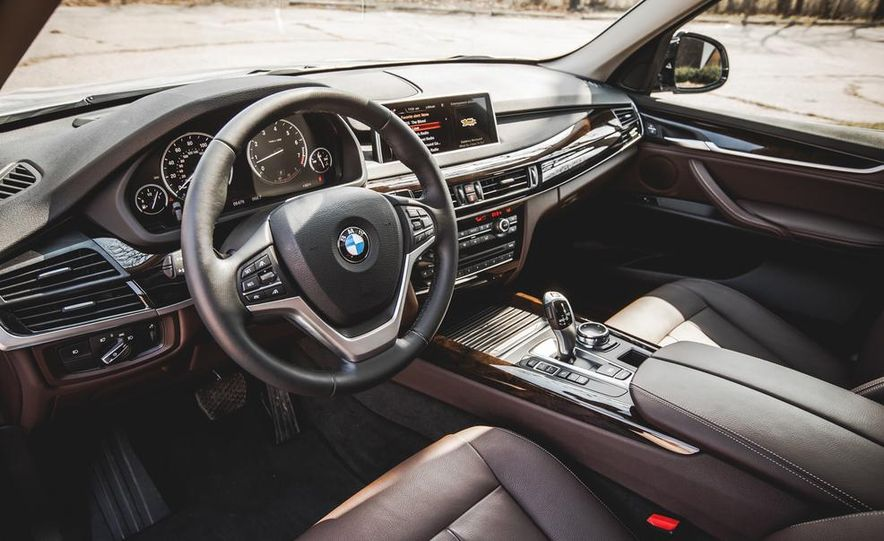2014 BMW X5 xDrive35i - Slide 24