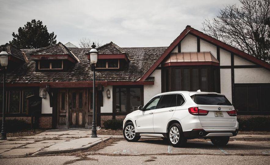 2014 BMW X5 xDrive35i - Slide 12