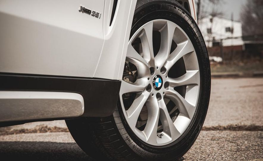 2014 BMW X5 xDrive35i - Slide 18