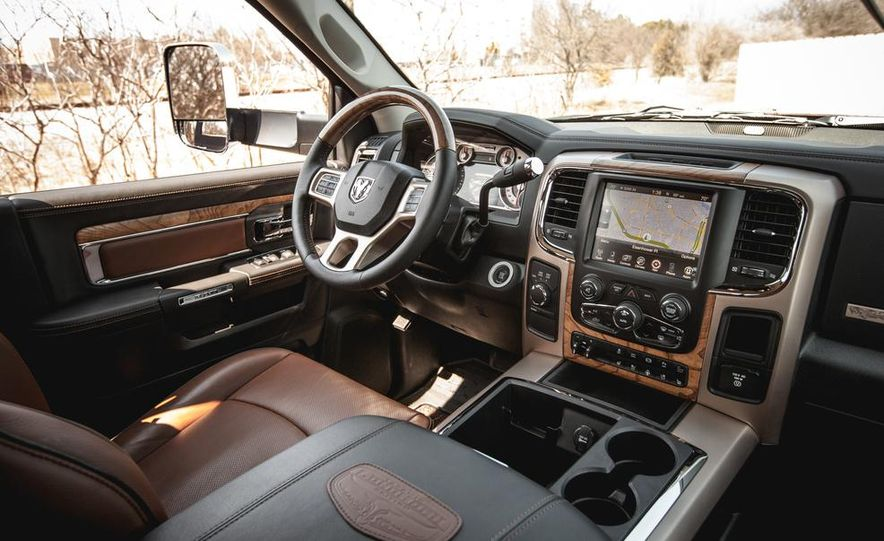 2014 Ram 2500 HD Laramie Longhorn diesel - Slide 28
