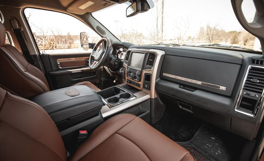 2014 Ram 2500 HD Laramie Longhorn diesel - Slide 33