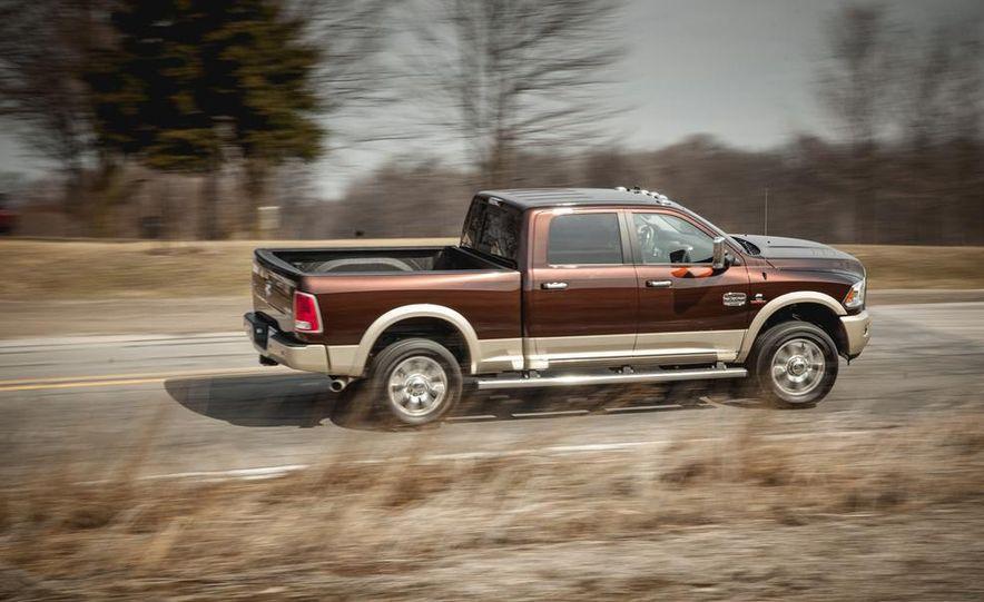 2014 Ram 2500 HD Laramie Longhorn diesel - Slide 5