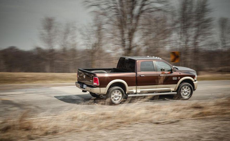 2014 Ram 2500 HD Laramie Longhorn diesel - Slide 7