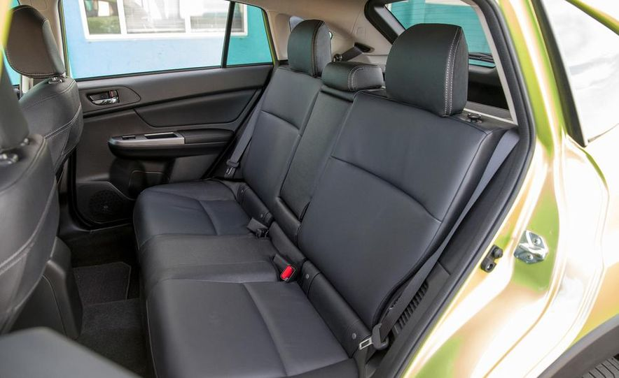 2014 Subaru XV Crosstrek hybrid - Slide 32