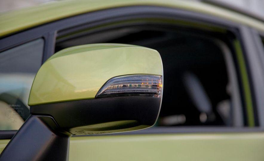 2014 Subaru XV Crosstrek hybrid - Slide 21