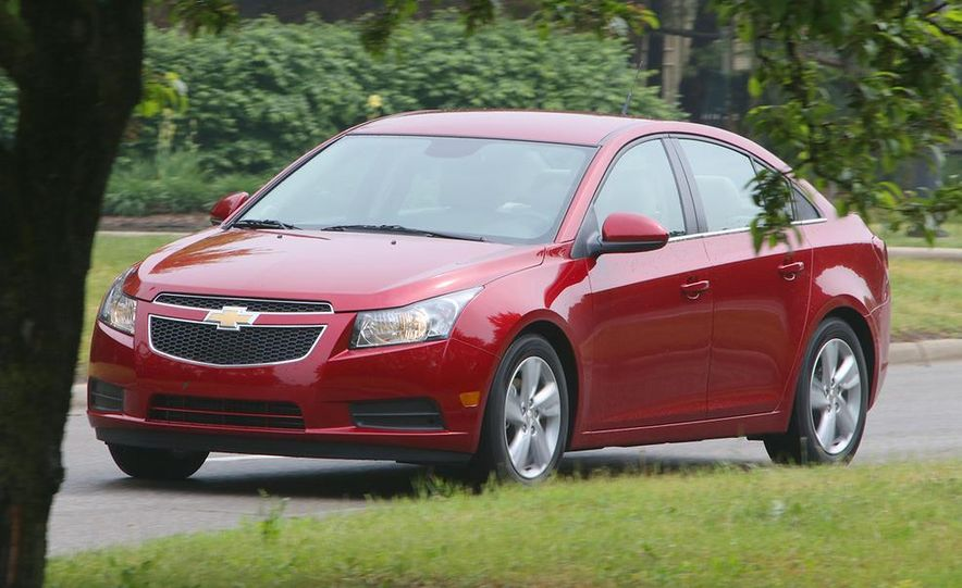 2016 Chevrolet Cruze sedan (spy photo) - Slide 15