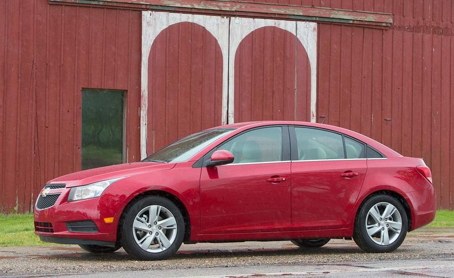 2016 Chevrolet Cruze sedan (spy photo) - Slide 19