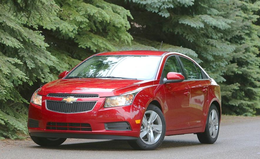 2016 Chevrolet Cruze sedan (spy photo) - Slide 27