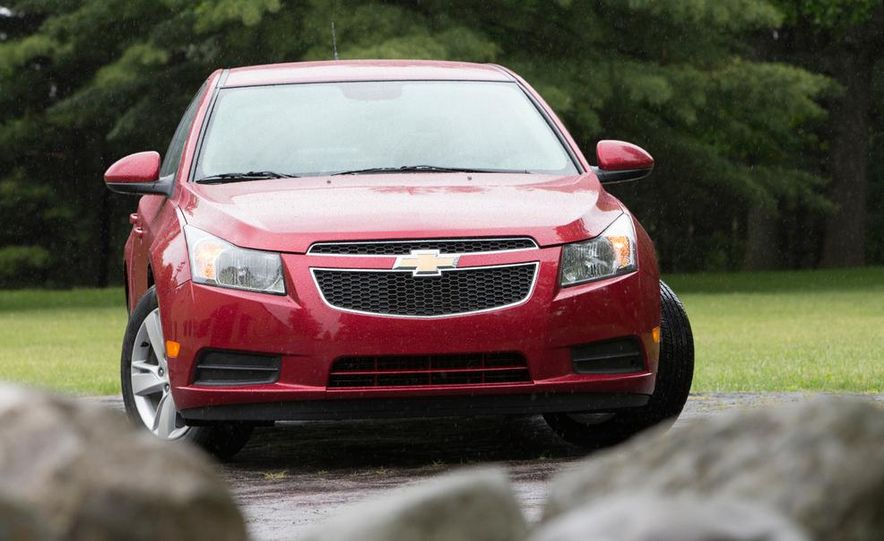 2016 Chevrolet Cruze sedan (spy photo) - Slide 28