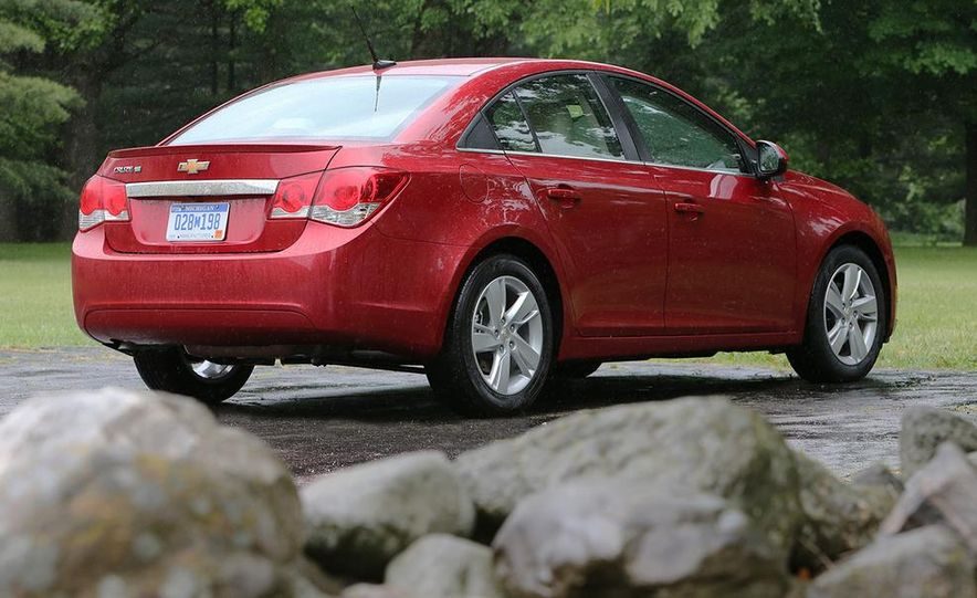 2016 Chevrolet Cruze sedan (spy photo) - Slide 29