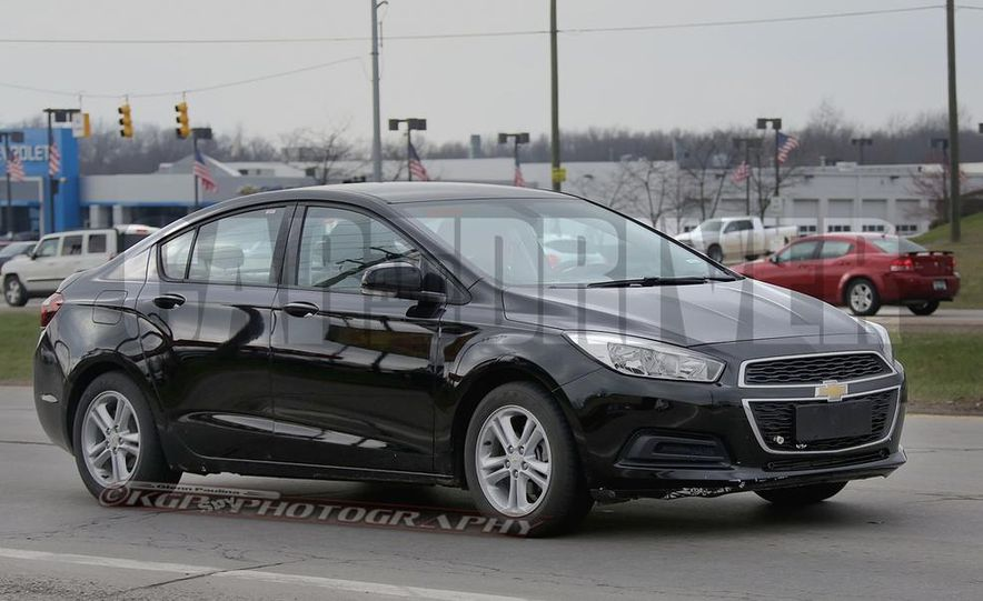 2016 Chevrolet Cruze sedan (spy photo) - Slide 2