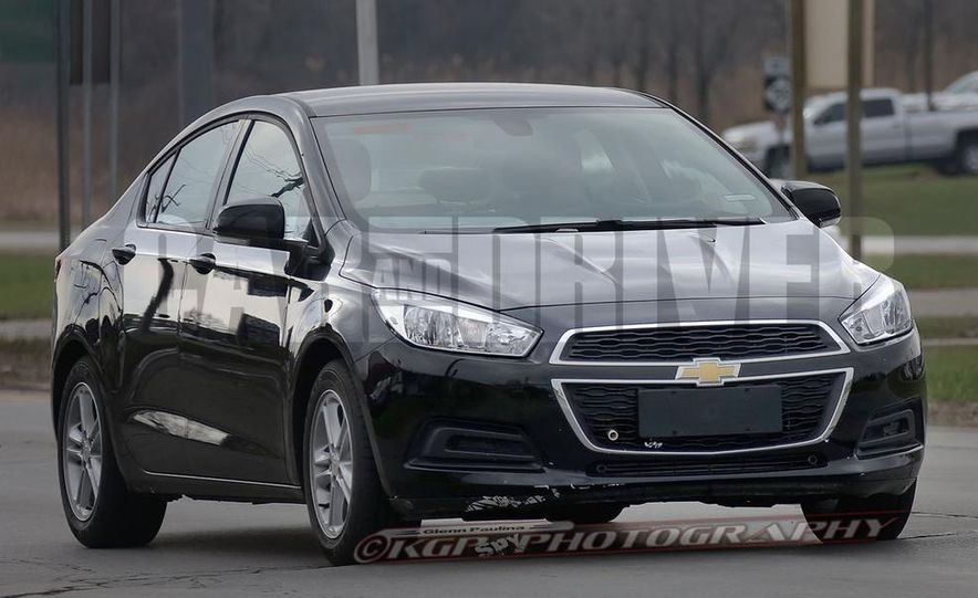 2016 Chevrolet Cruze sedan (spy photo) - Slide 3