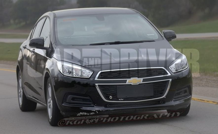 2016 Chevrolet Cruze sedan (spy photo) - Slide 4