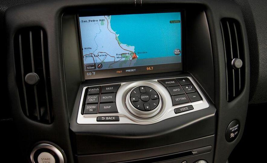 2012 Nissan 370Z - Slide 14