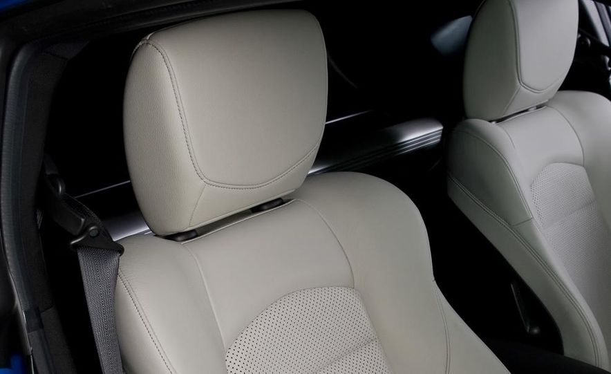 2012 Nissan 370Z - Slide 12