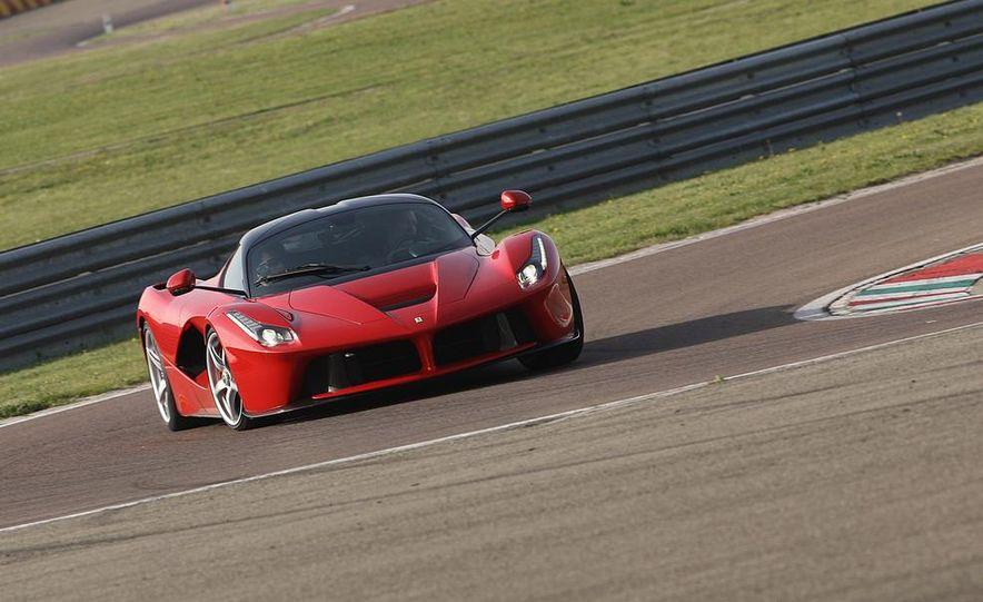 2014 Ferrari LaFerrari - Slide 2