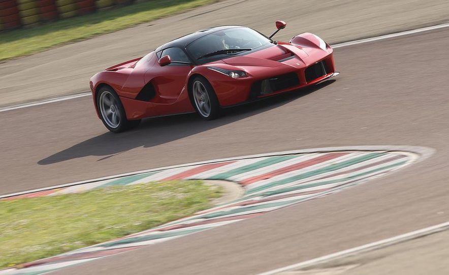 2014 Ferrari LaFerrari - Slide 7