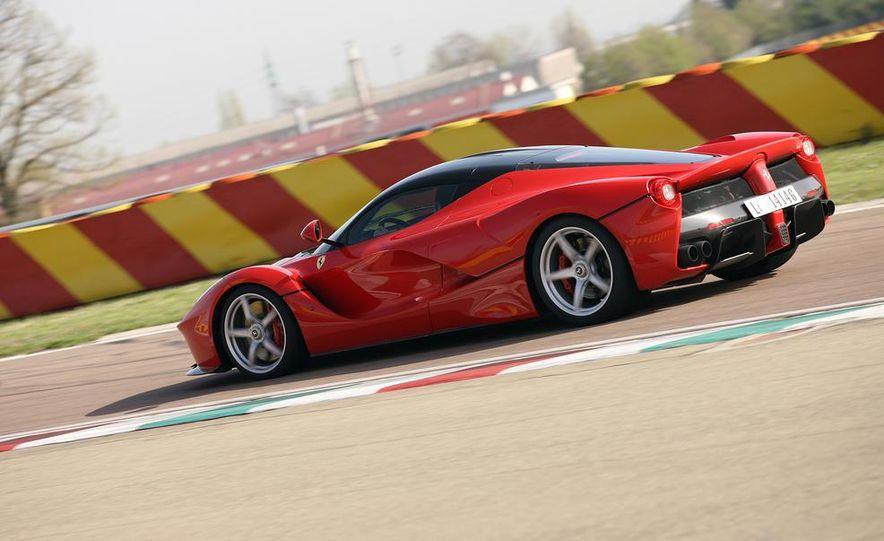 2014 Ferrari LaFerrari - Slide 12