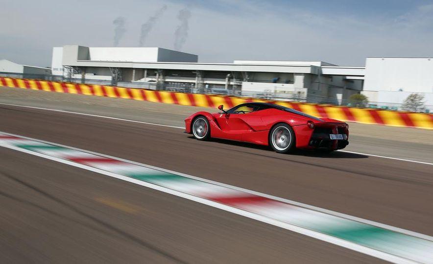 2014 Ferrari LaFerrari - Slide 46