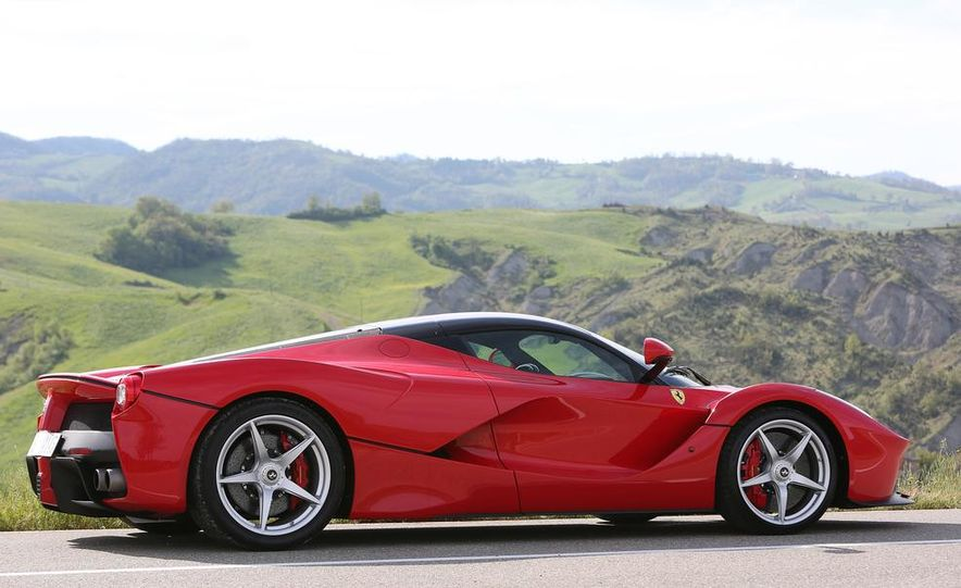 2014 Ferrari LaFerrari - Slide 57