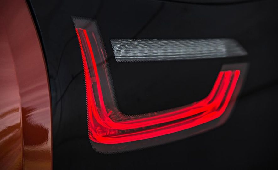 2017 BMW i5 (artist's rendering) - Slide 24