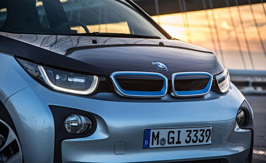 2017 BMW i5 (artist's rendering) - Slide 63