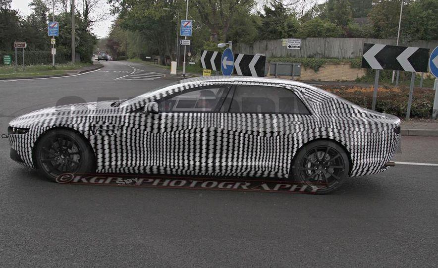 2016 Aston Martin Lagonda sedan (spy photo) - Slide 7