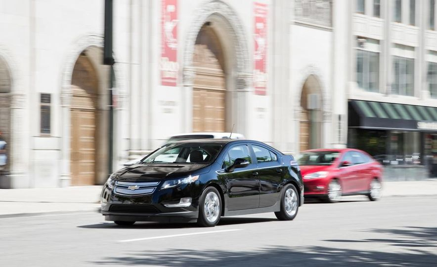 2014 Toyota Prius, 2014 Mercedes-Benz CLA250, 2012 Tesla Model S P85, 2012 Nissan Leaf SL, and 2014 Chevrolet Volt - Slide 42
