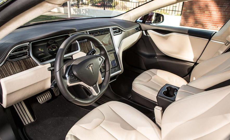 2014 Toyota Prius, 2014 Mercedes-Benz CLA250, 2012 Tesla Model S P85, 2012 Nissan Leaf SL, and 2014 Chevrolet Volt - Slide 77