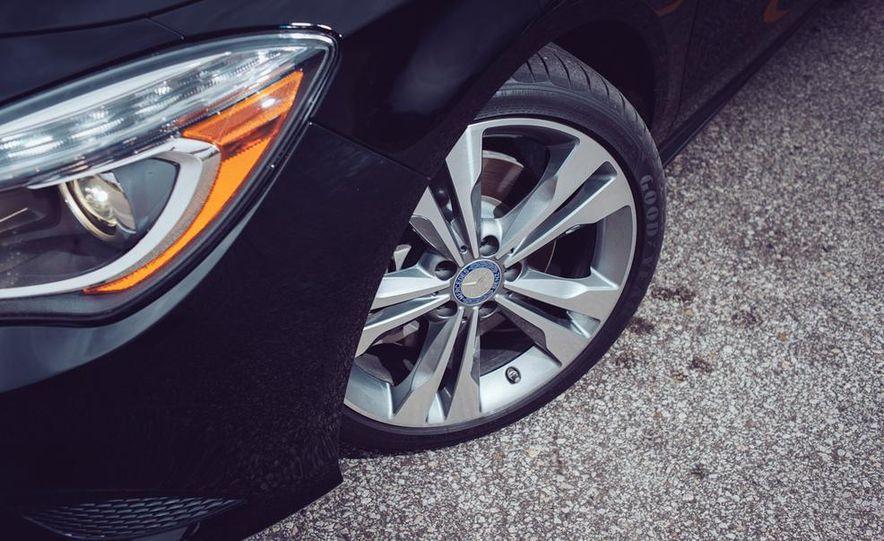 2014 Toyota Prius, 2014 Mercedes-Benz CLA250, 2012 Tesla Model S P85, 2012 Nissan Leaf SL, and 2014 Chevrolet Volt - Slide 38