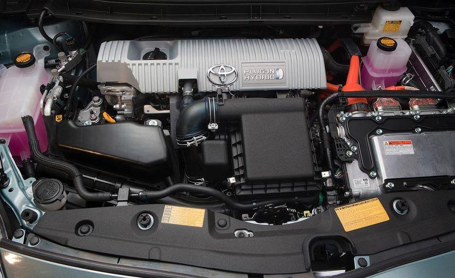 2014 Toyota Prius, 2014 Mercedes-Benz CLA250, 2012 Tesla Model S P85, 2012 Nissan Leaf SL, and 2014 Chevrolet Volt - Slide 59