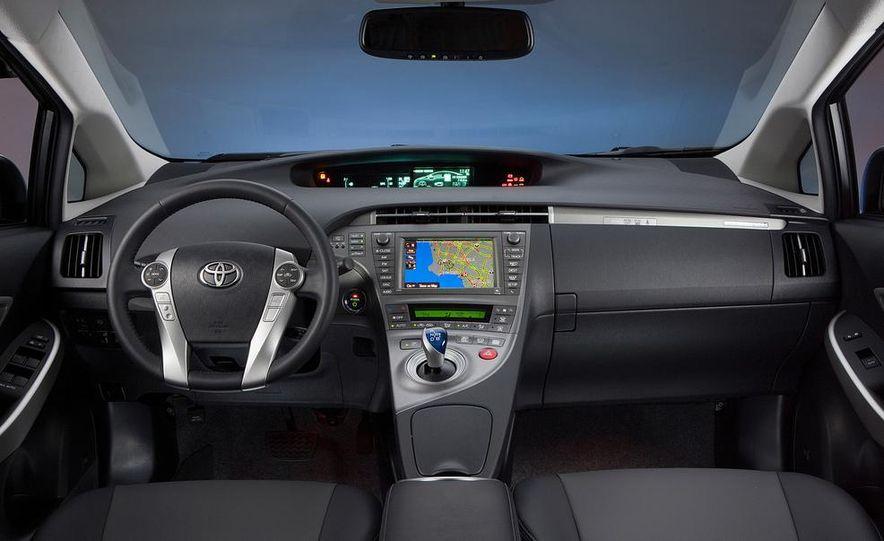 2014 Toyota Prius, 2014 Mercedes-Benz CLA250, 2012 Tesla Model S P85, 2012 Nissan Leaf SL, and 2014 Chevrolet Volt - Slide 56