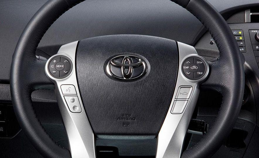 2014 Toyota Prius, 2014 Mercedes-Benz CLA250, 2012 Tesla Model S P85, 2012 Nissan Leaf SL, and 2014 Chevrolet Volt - Slide 58