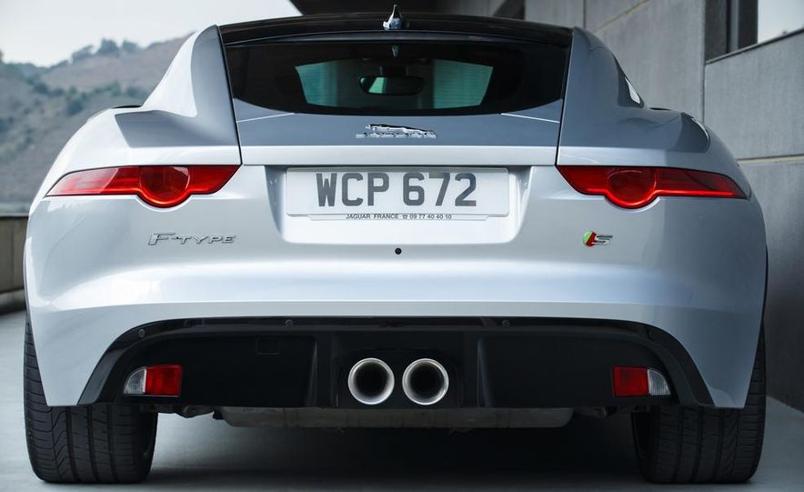 2015 Jaguar F-type V-6 S coupe (Euro-spec) - Slide 47
