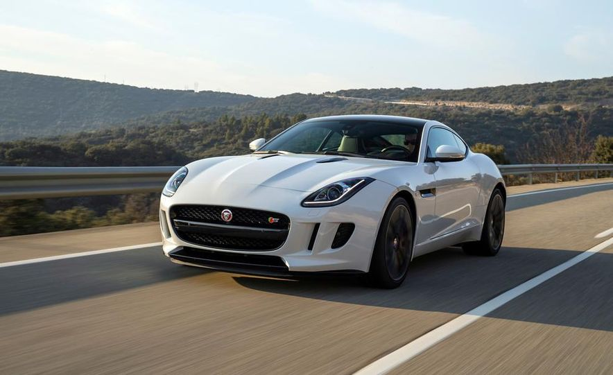2015 Jaguar F-type V-6 S coupe (Euro-spec) - Slide 1