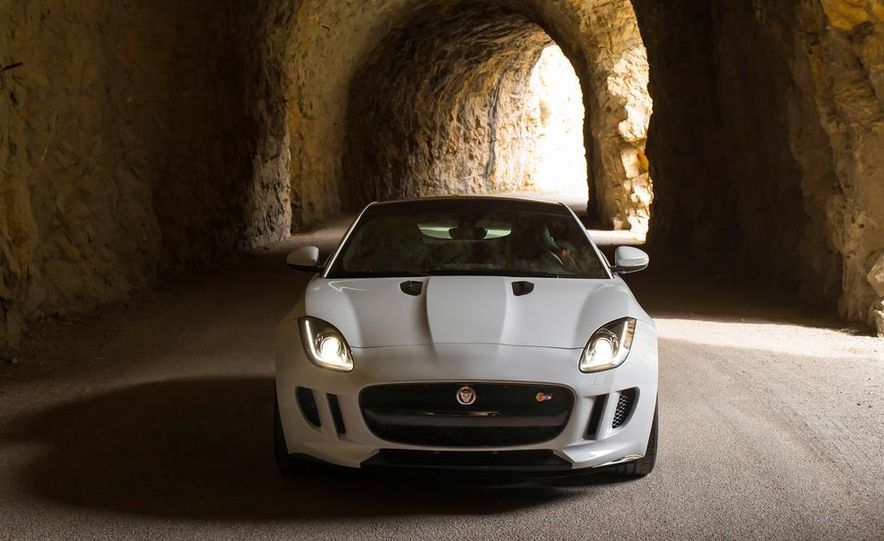 2015 Jaguar F-type V-6 S coupe (Euro-spec) - Slide 13