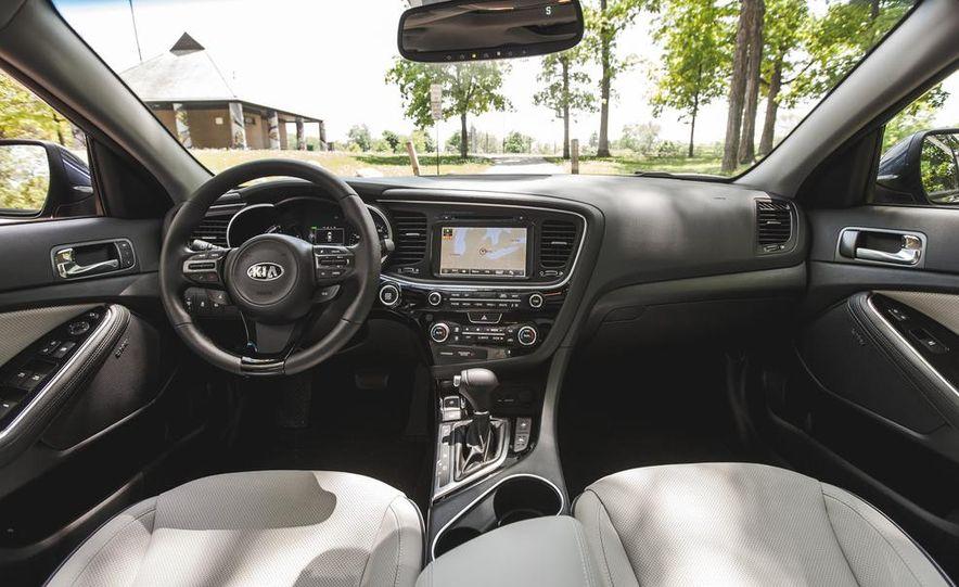 2014 Kia Optima EX hybrid - Slide 33