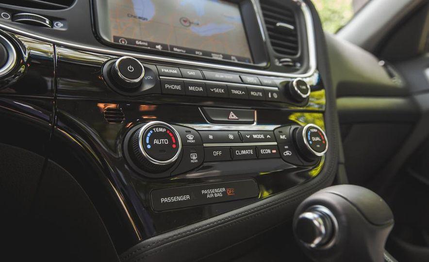 2014 Kia Optima EX hybrid - Slide 52