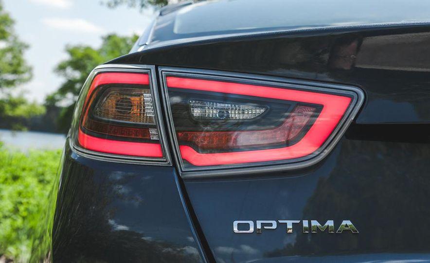 2014 Kia Optima EX hybrid - Slide 26