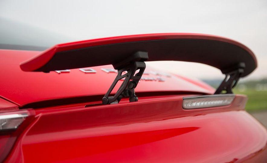 2015 Porsche Cayman GT4 (spy photo) - Slide 37