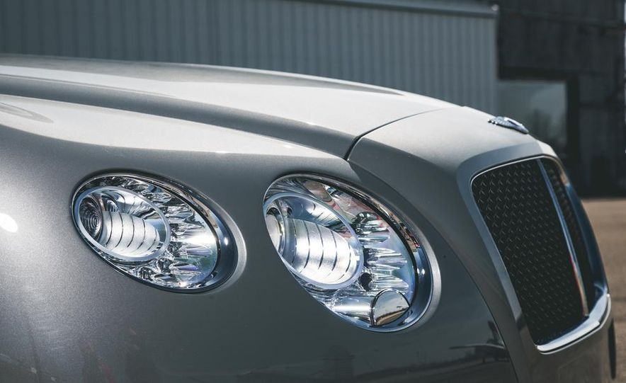 2014 Bentley Continental GT V-8 S coupe - Slide 9