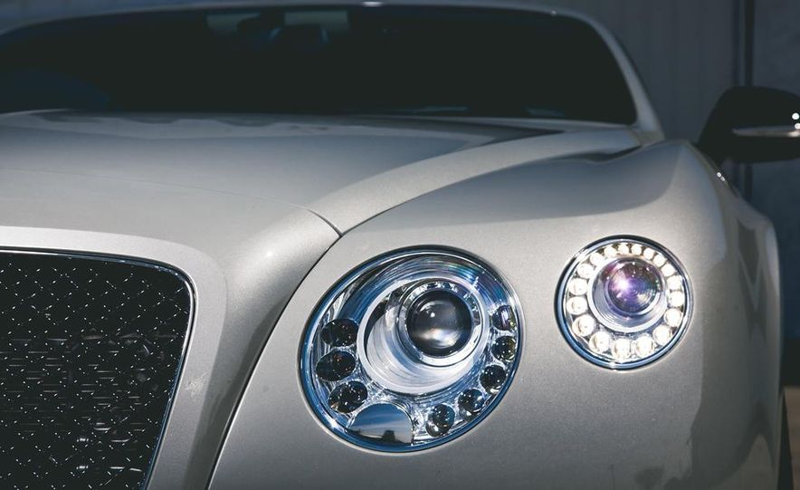 2014 Bentley Continental GT V-8 S coupe - Slide 10