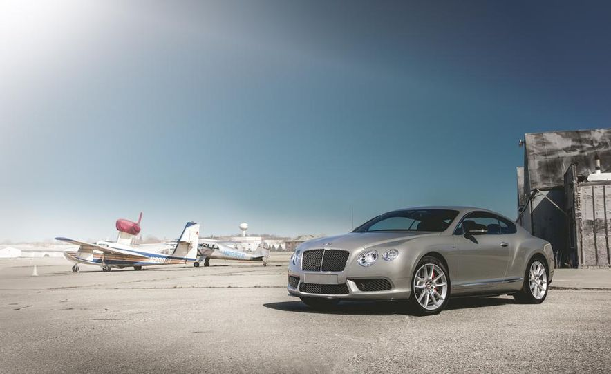 2014 Bentley Continental GT V-8 S coupe - Slide 7