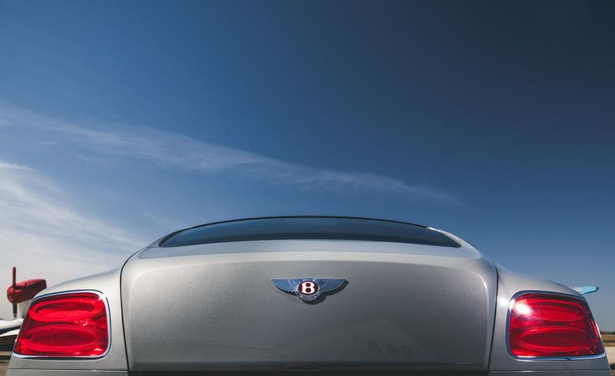 2014 Bentley Continental GT V-8 S coupe - Slide 16