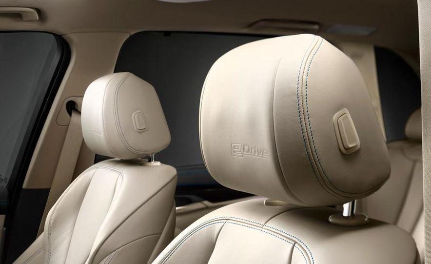 BMW X5 Plug-In Hybrid - Slide 30